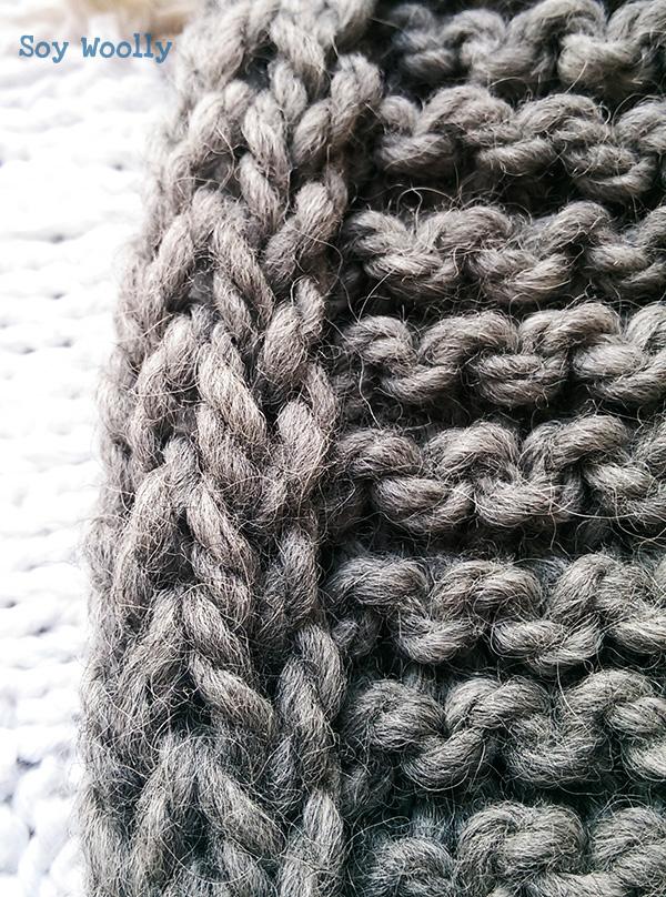 Detalle del cordón tejido en el borde izquierdo-Soy Woolly