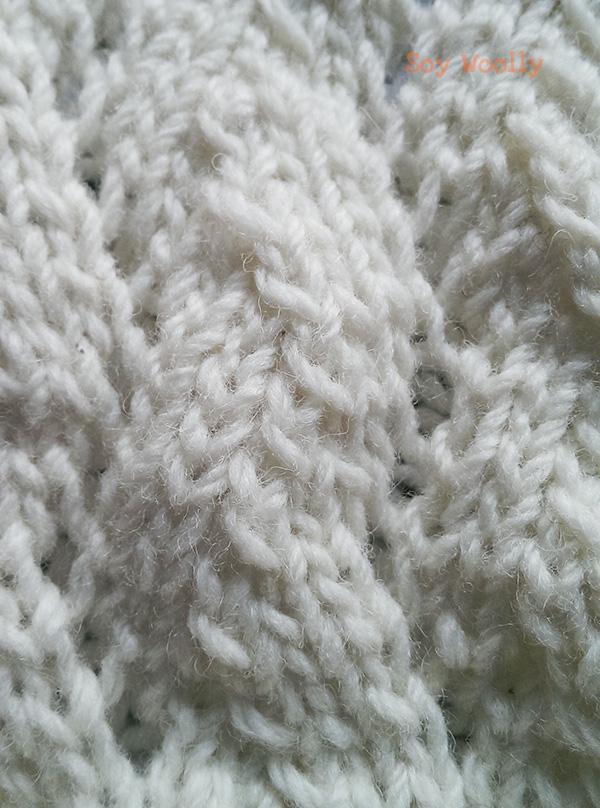 Detalle del punto de encaje en zig zag-Soy Woolly