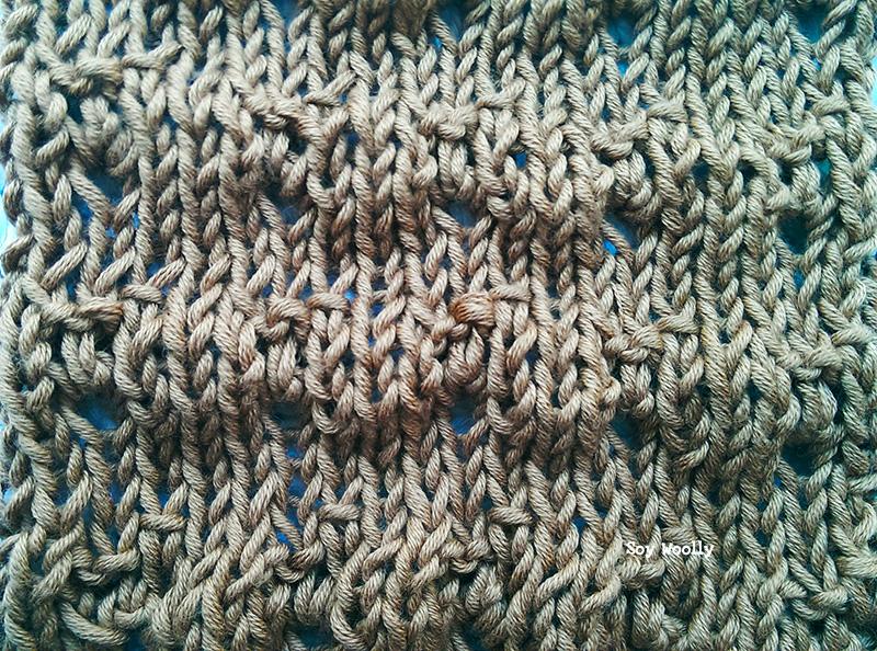 Punto de Petalos calado con textura Soy Woolly