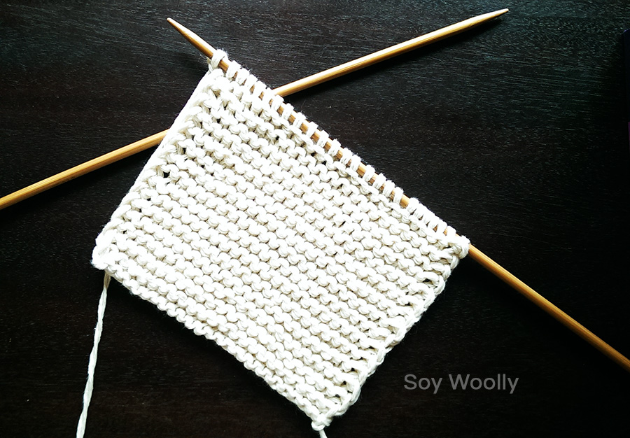 a3214a13c El patrón más fácil para tejer botitas