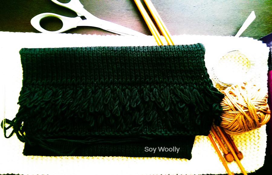 Teje un bolso sobre o clutch: patrón/tutorial gratis -Soy Woolly