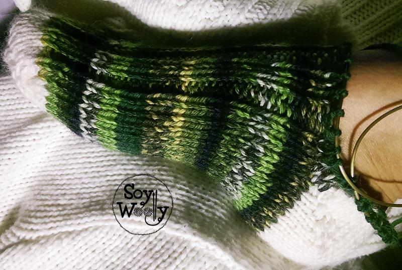 Tutorial tejer calcetines o medias con palillos o palitos