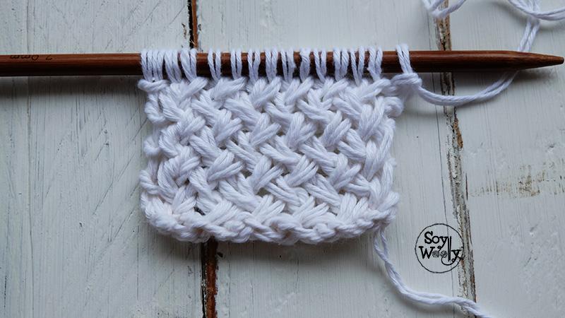 Punto de cesta cruzado tejido en dos agujas palillos soy - Puntos de agujas de lana ...