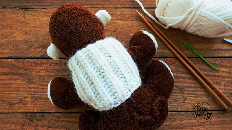 Patron para tejer un jersey chaleco saco sueter de punto para mascotas-Soy Woolly