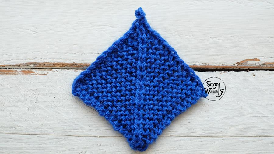 cuadrados faciles tejidos en dos agujas palillos palitos