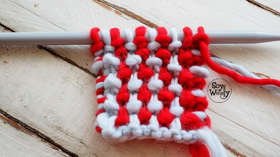 Punto bicolor tejido en dos agujas tricot calceta