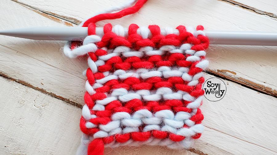 Punto dos colores tejido en dos agujas palillos tricot
