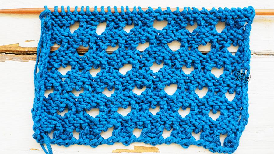 Punto Pavo Real Calado tejido en dos agujas palillos tricot