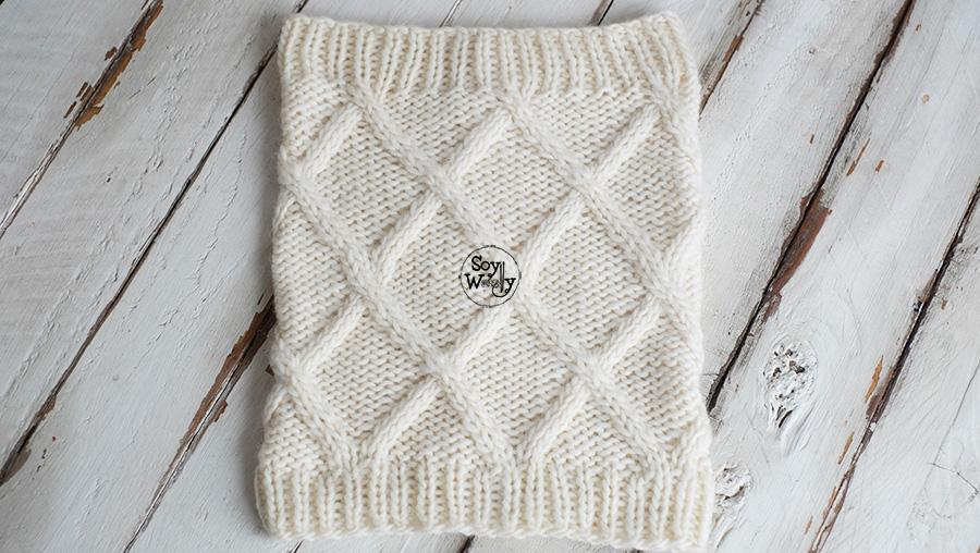 Cuello Unisex con Rombos en relieve en dos agujas tricot calceta palillos