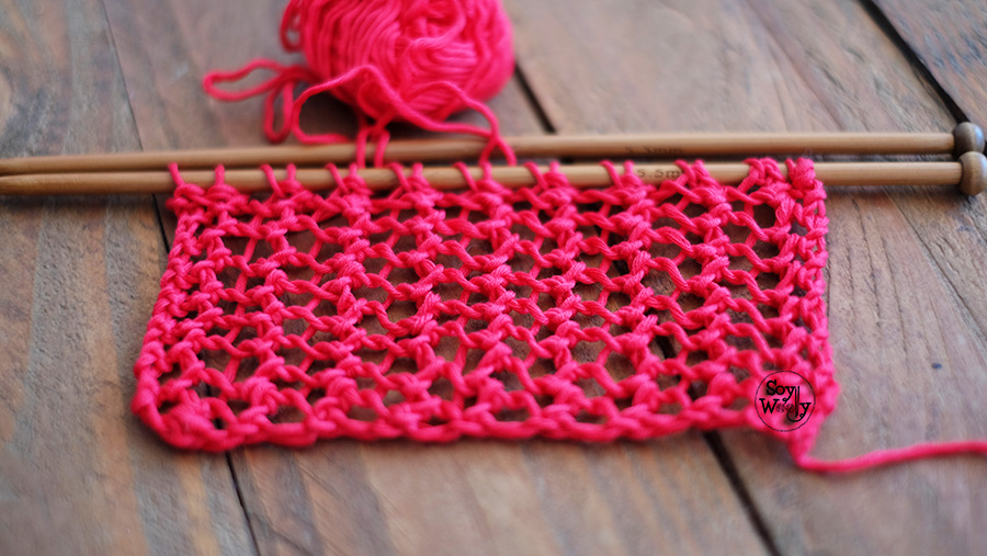 Punto Calado facil una hilera dos pasos dos agujas tricot