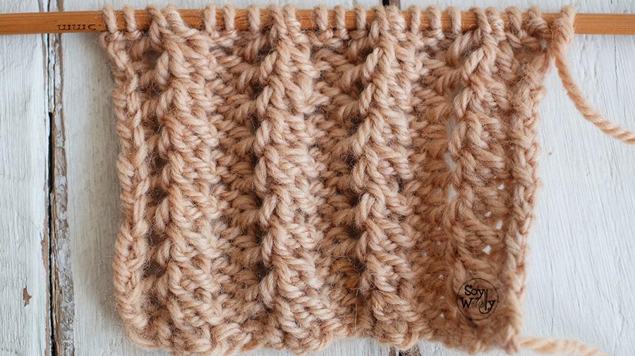 Punto Elastico Pluma dos agujas calado textura Soy Woolly