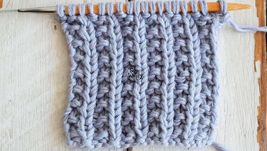 Punto Elástico Roto, ideal para bufandas tejidas en dos agujas, palillos, tricot, calceta. Soy Woolly.