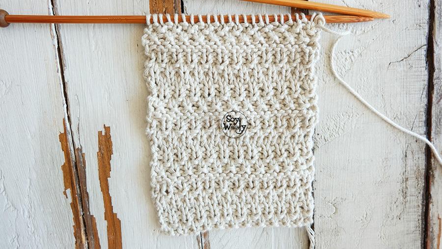 Punto de Trigo a rayas en dos agujas, tricot, calceta (reversible y no se enrosca).