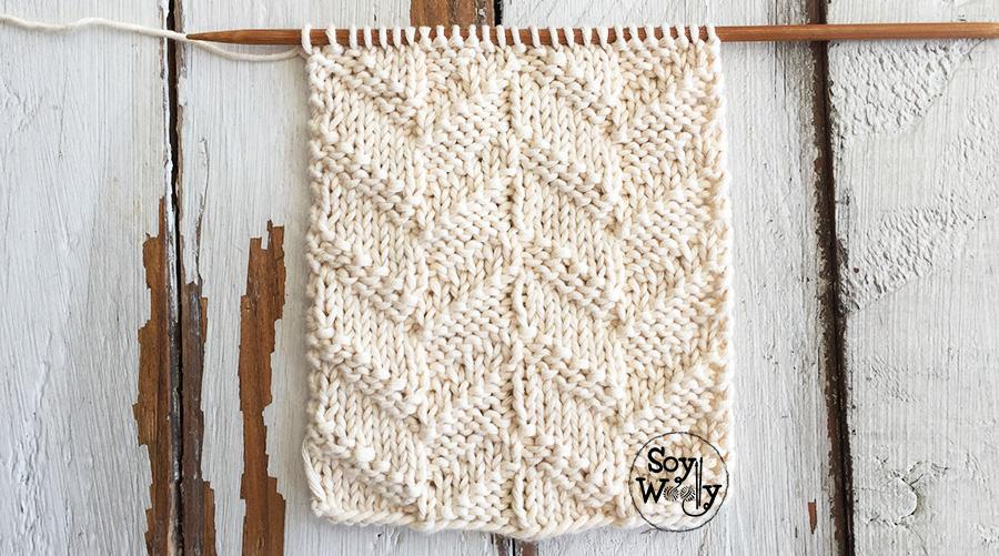 Punto Chevron Reversible para tejer colchas (calceta, dos agujas, palitos). Fácil, unisex y con mucha textura. Soy Woolly.