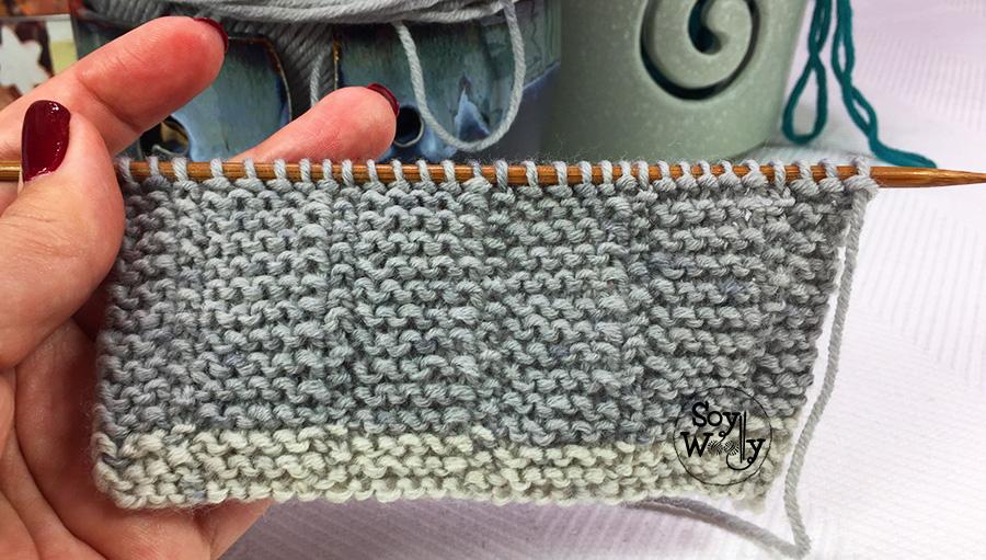 Punto fácil, reversible, igual por ambas caras del tejido, ideal para principiantes del tricot, calceta, palillos. Soy Woolly.