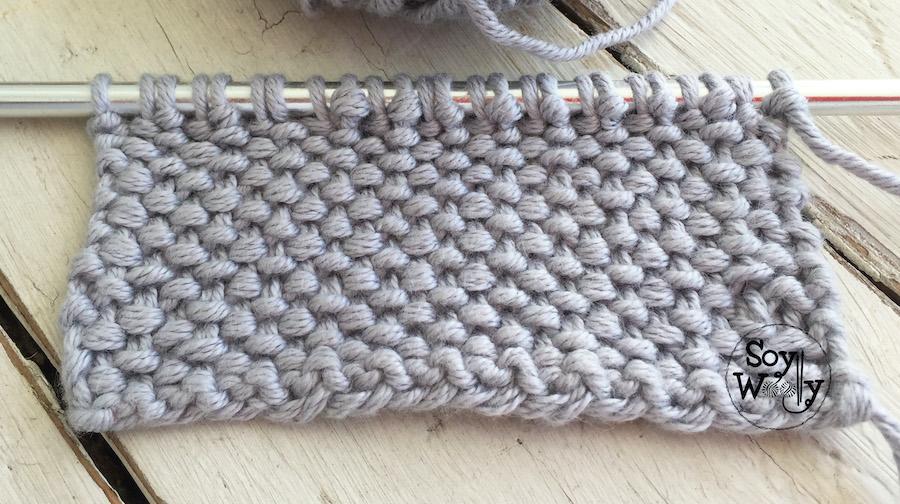 Punto Tweed reversible tejido a palillos, en sólo dos hileras. Soy Woolly.
