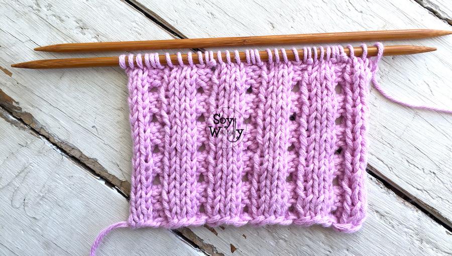 Puntos calados para tejer ropa y accesorios de bebé en dos agujas, palillos, tricot. Soy Woolly.