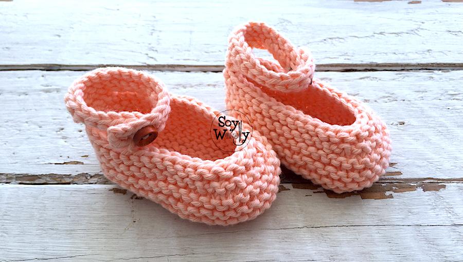 Cómo tejer Merceditas, Manoletinas, o patucos, en dos agujas, calceta tricot. Soy Woolly.