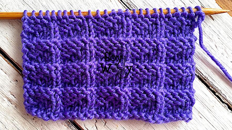 Punto Banderines reversible, que no se enrosca, tejido en dos agujas, tricot, calceta. Soy Woolly.