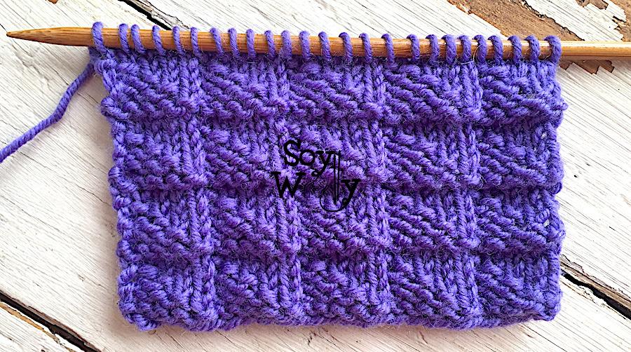 Puntadas fáciles que no se enroscan tejidas en dos agujas, palillos, palitos. Soy Woolly.